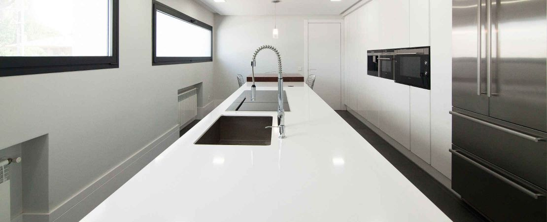 Solid Surface Avonite ®