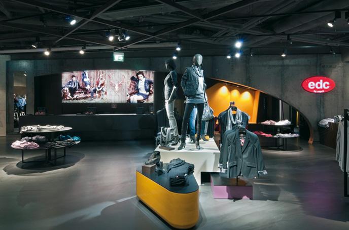 of-stone2.jpg - Arredamento Negozio Abbigliamento Moderno